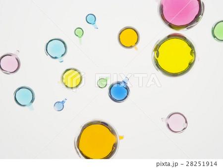 フローティングボールの写真素材 [28251914] - PIXTA