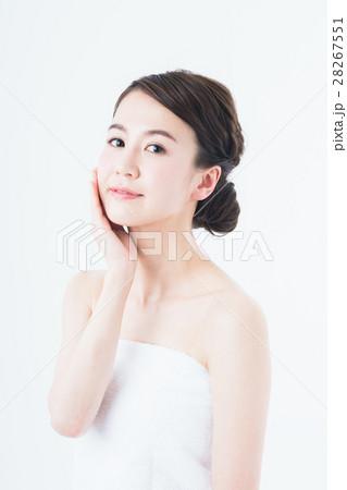 若い女性 28267551
