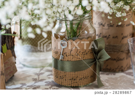 Wedding decoration for table, white flowers の写真素材 [28289867] - PIXTA