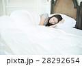 人物 女性 睡眠の写真 28292654