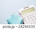 財布と電卓 28294335
