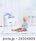 ベビー 赤ちゃん 赤ん坊の写真 28304809