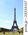 シャン・ド・マルス公園とエッフェル塔:パリ 28334107