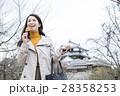 松山城を観光する女性 28358253