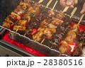 焼き鳥 串焼き 料理の写真 28380516
