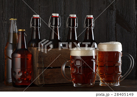 ビール 酒場 グラスの写真素材 [28405149] - PIXTA