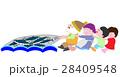 網漁を手伝う子供たち 28409548