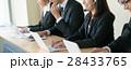 コールセンター オペレーター デスクワークの写真 28433765