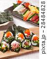 手巻き寿司 海苔巻き 寿司の写真 28484828