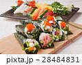 手巻き寿司 海苔巻き 寿司の写真 28484831