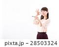 若い女性、鍵、キー、OK 28503324
