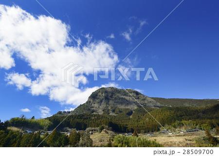 曽爾村 鎧岳の写真素材 [28509700] - PIXTA