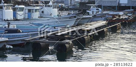 広島 港 漁船 28513622