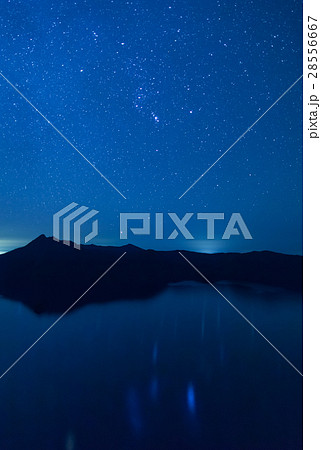 湖面に移る星々 摩周湖 28556667