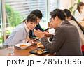 ランチ ビジネスマン カフェ イメージ 28563696