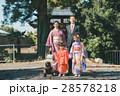 神社 七五三詣 着物の写真 28578218