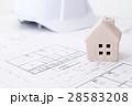 住宅図面と家 白バック 28583208