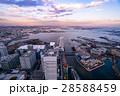 【神奈川県】横浜・みなとみらいの夕景 28588459