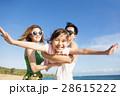 ビーチ 浜辺 女の子の写真 28615222