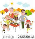 バーベキューを楽しむ家族 28636018