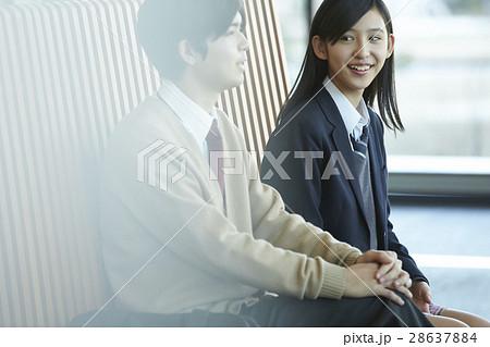 高校生 同級生 カップル 28637884