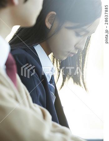 高校生 同級生 カップル 28637885