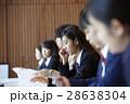 受験会場 試験を受ける学生たち 28638304