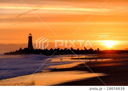 Santa Cruz Breakwater Light at sunrise 28656636