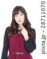 若い女性 ファッション ポートレート 28711070