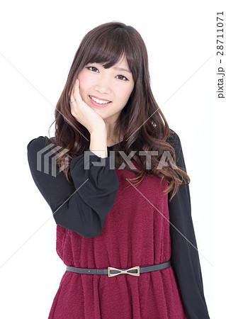 若い女性 ファッション ポートレート 28711071