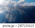 ソーラーパネル 太陽電池パネル 太陽光パネルのイラスト 28715413