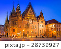 Architecture of Wroclaw at dusk, Poland. 28739927