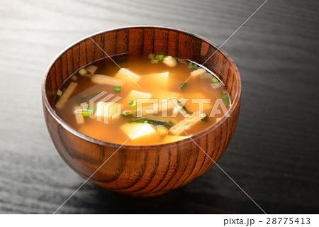 味噌汁 28775413