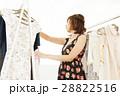 店員 女性 販売員 アパレル スタッフ ファッション バイヤー アルバイト 28822516