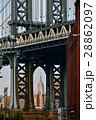 高層ビル ブルックリン 橋の写真 28862097