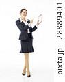 スーツ姿 女性 ビジネスウーマンの写真 28889401