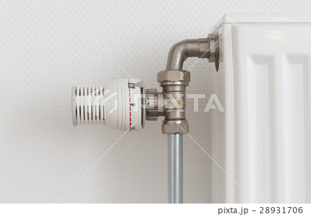 Temperature knob of radiator, used and dustyの写真素材 [28931706] - PIXTA