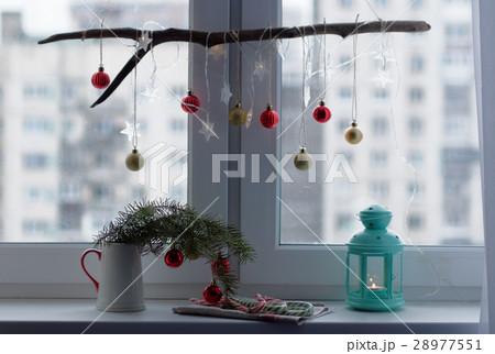 Christmas decorations on a window sillの写真素材 [28977551] - PIXTA