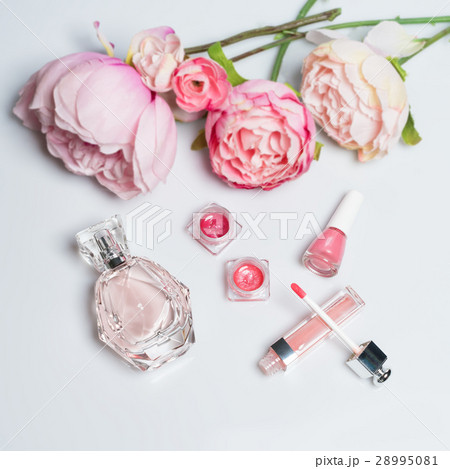 Perfume bottle, nail polish, lipstick. Fashionの写真素材 [28995081] - PIXTA