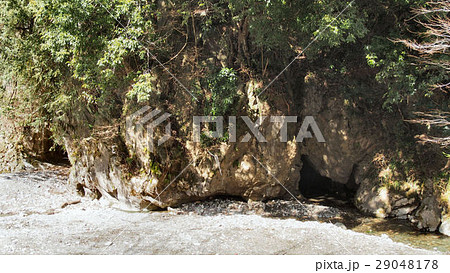 日立市諏訪の水穴(神仙洞) 29048178