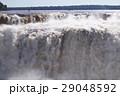 イグアスの滝 悪魔の喉笛 滝の写真 29048592