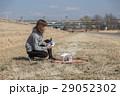 ドローン 女性 セッティングの写真 29052302