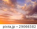 色の入り混じる綺麗な秋の夕暮れ 1 29066382