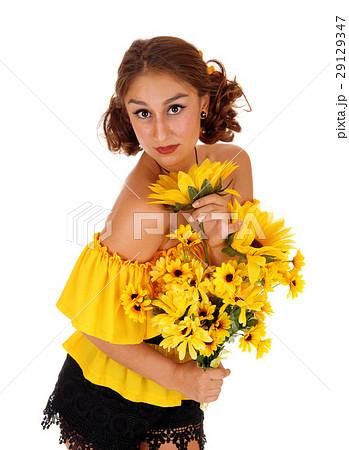 Beautiful woman with sunflowers. 29129347