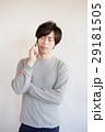 男性 30代 スマートフォンの写真 29181505