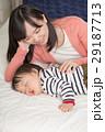 親子 母親 赤ちゃんの写真 29187713