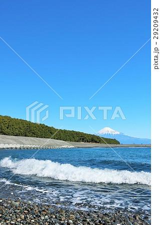 富士山と海の風景 29209432