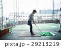 ゴルフを習う女の子 29213219