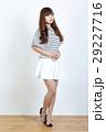 若い女性 ファッション ポートレート 29227716