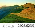 飯豊連峰・門内岳から見る夕照の北股岳 29236235